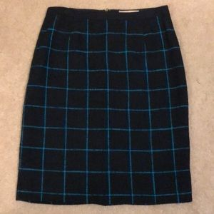 Banana Republic navy woven skirt